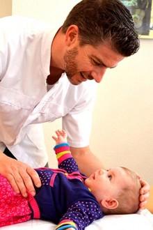etiopathie pour les bebes- nourissons - Alexandre FOUILHOUX - Etiopathe - Saint-Maximin-la-Sainte-Baume - Brignoles